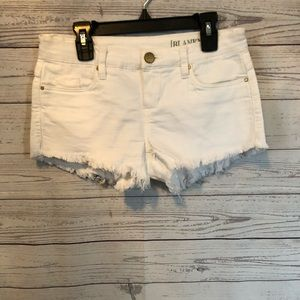 Women's Blanknyc white denim shorts size 24